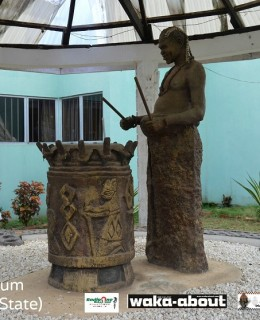 @TRAVELNEXTDOOR TAKES TOURISTS TO OGUNDE MUSEUM