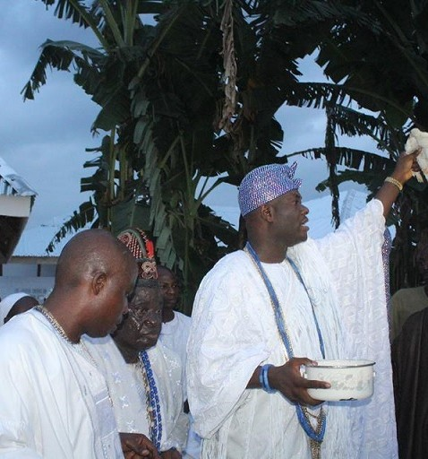 Ooni of ife Celebrates Osara The Goddess of the Lagoon