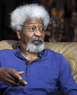 Wole Soyinka Pens Tribute to Mohammed Ali