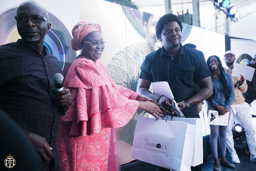 Again, Female Photographer Snaps Fashola Photography Foundation Top Prize
